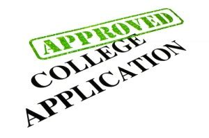 What is a College Admissions Resume? with pictures